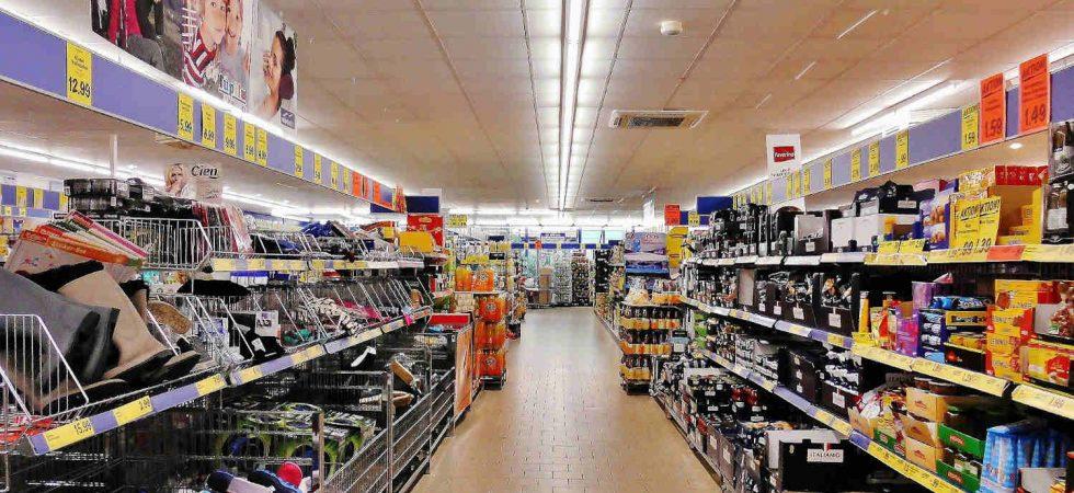 Supermercato a reddito e quattro negozi in vendita in Nord Italia, con netto del 9,31%